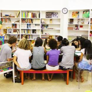 Leitura com Laís Toledo